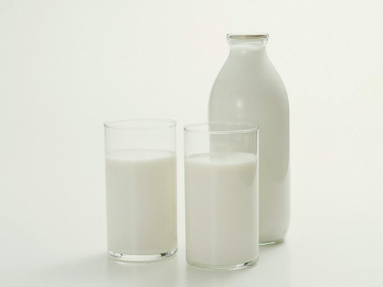В Литве закупочные цены на молоко снизились в два раза