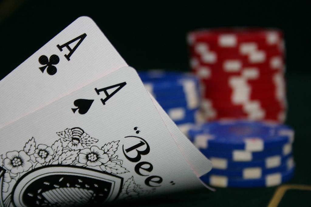 Как назвать азартные игры одним словом игровые автоматы island онлайн