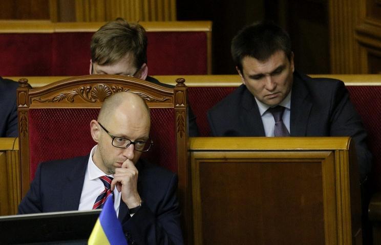 Бурбак: «Народный фронт» единогласно поддерживает Яценюка