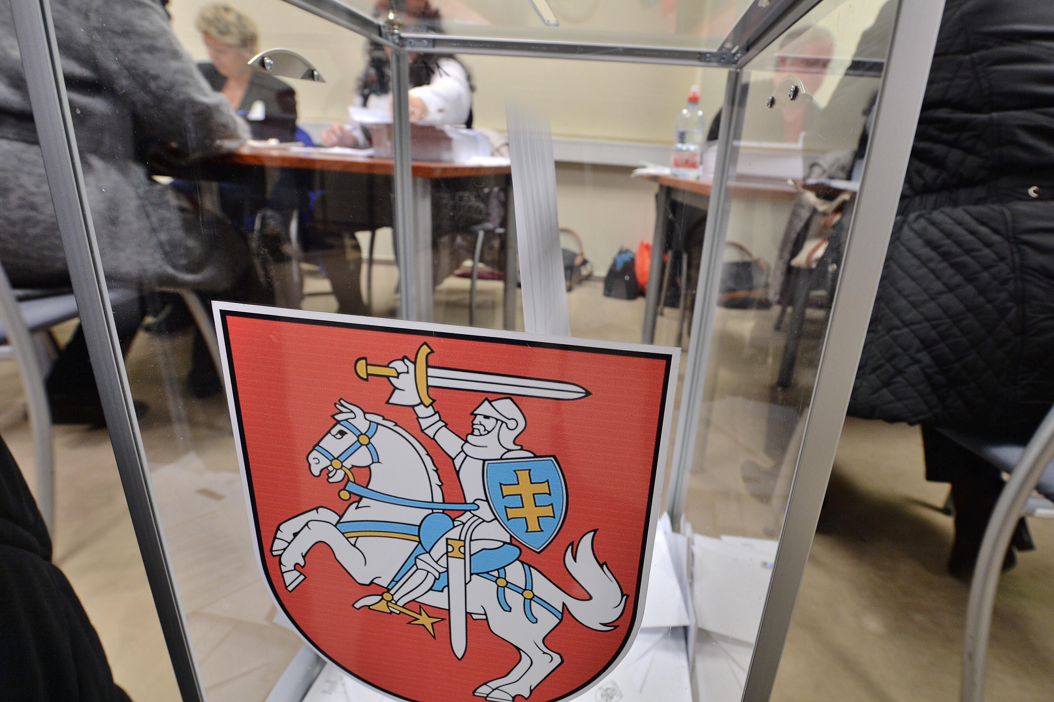 ВЛитве завершилось голосование напарламентских выборах
