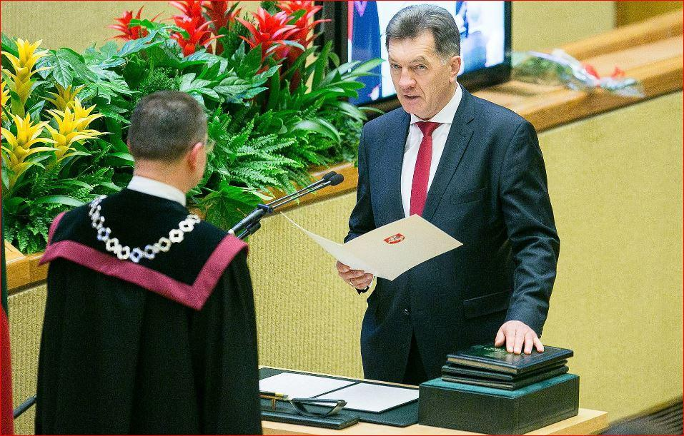 Президент предложила напост премьера С.Сквернялиса