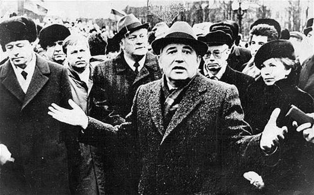 Горбачёв неответил натребование Литвы явиться всуд для дачи показаний