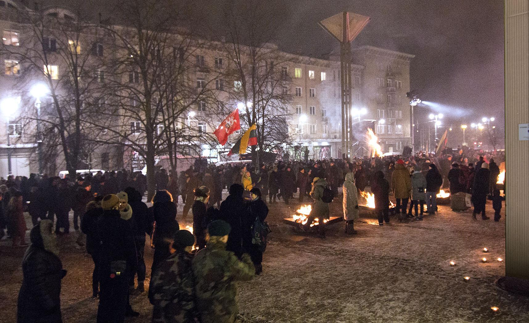 ❶День защитников свободы в литве|Сценарий мероприятия к 23 февраля в библиотеке|||}
