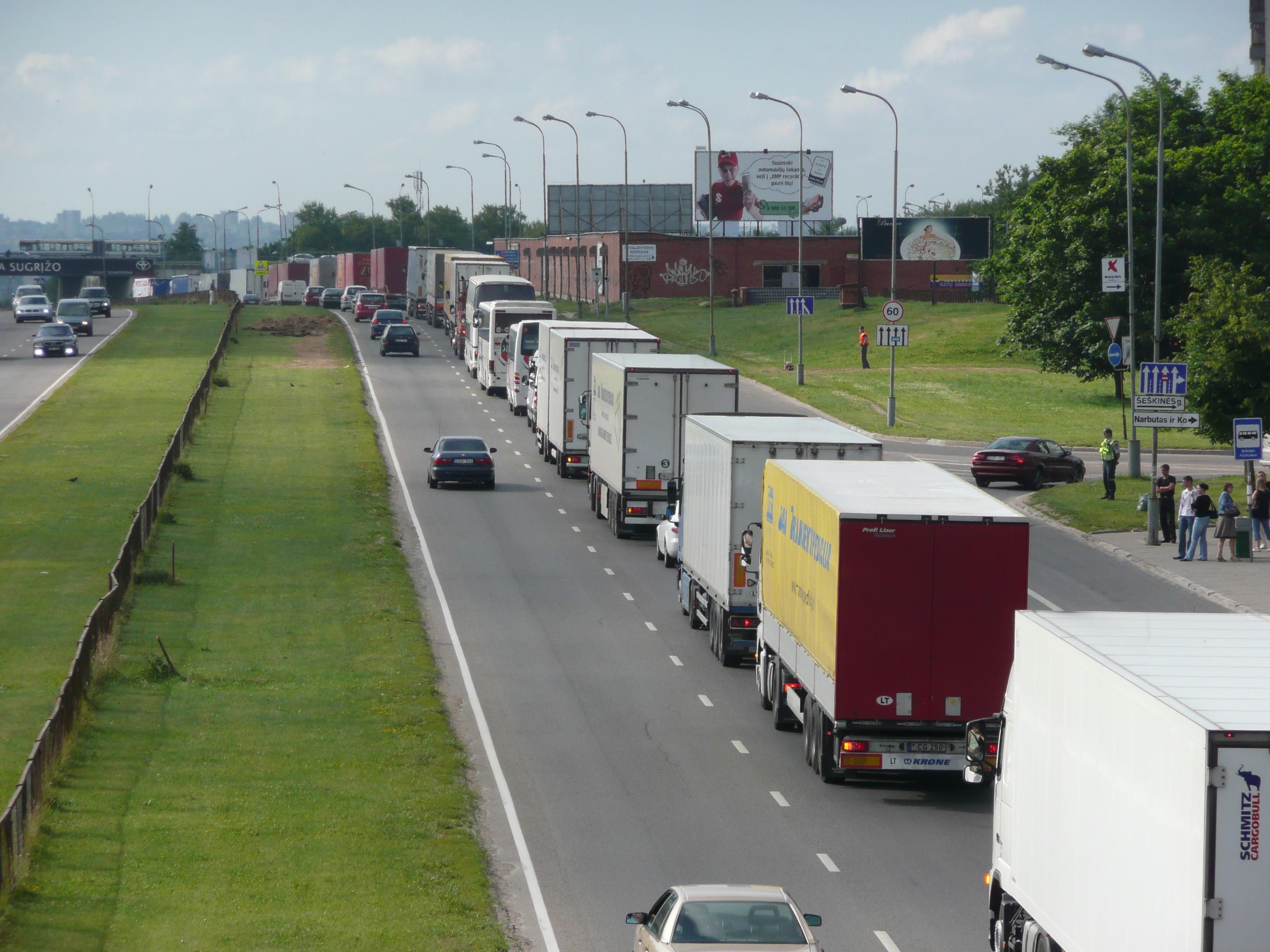Автоперевозчики Литвы опасаются нововведений Кабмина