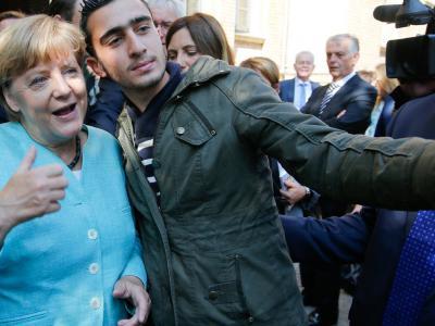 Опрос: граждане ФРГ считают, что страна больше не может принимать беженцев