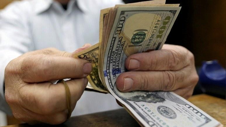 CM: Москва и Пекин перекрывают доллару кислород — медленно, но верно