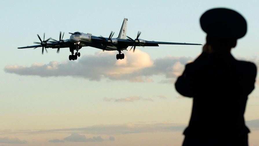 CNN: российские бомбардировщики четвертую ночь летают у Аляски