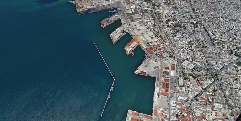 В Греции порт Салоники продали за 232 млн евро