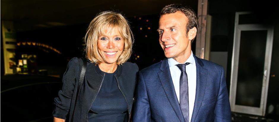 Главный кандидат в президенты Франции Эммануэль Макрон и его супруга Бриджит