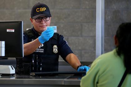Администрация Трампа ужесточила правила выдачи въездных виз