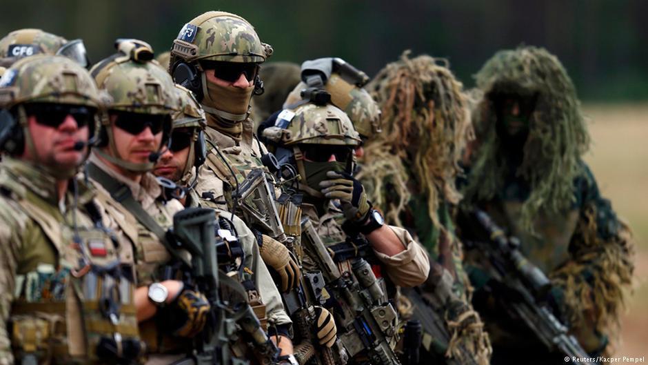 "Бойцы НАТО отрабатывают оборону ""Сувалкского коридора"""