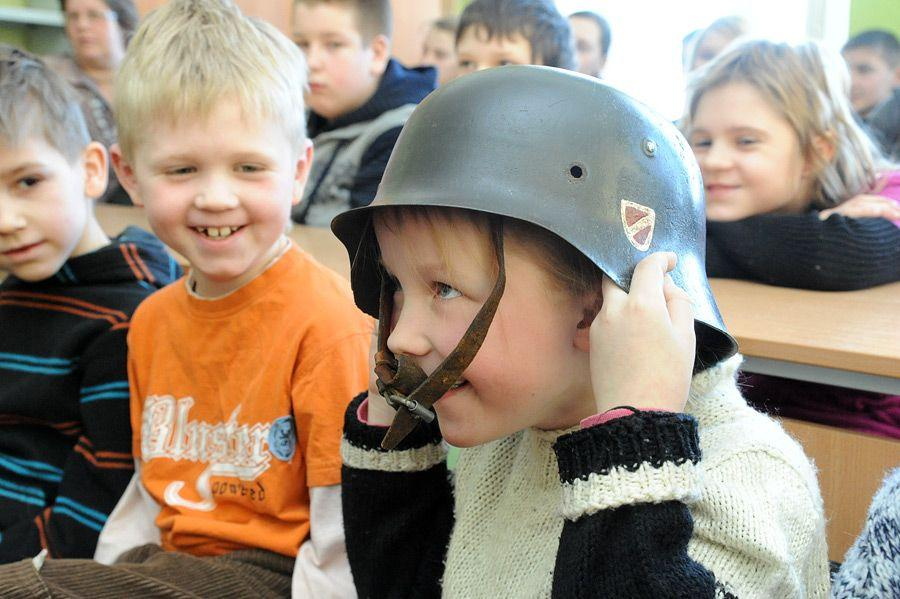 В Латвии могут запретить школьникам сдавать экзамены на русском языке