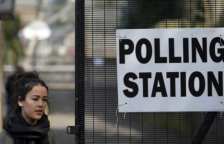 Партия Терезы Мэй лишилась большинства по результатам парламентских выборов вСоединенном Королевстве