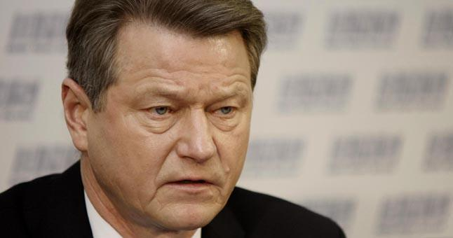 Комитет Европарламента предлагает лишить Р. Паксаса неприкосновенности