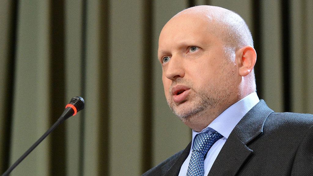 Турчинов призвал отменить военную операцию в Донбассе