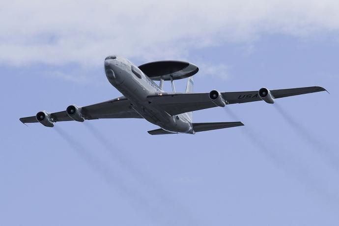 Шведские и американские военные инспектора выполнят разведывательный полет над Литвой
