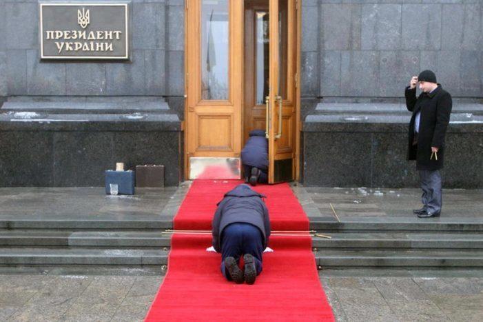 Украина возьмет многомиллиардные кредиты на погашение старых кредитов
