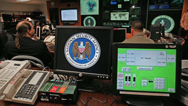 """WP узнала о плане Обамы внедрить """"цифровую бомбу"""" в инфраструктуру России"""