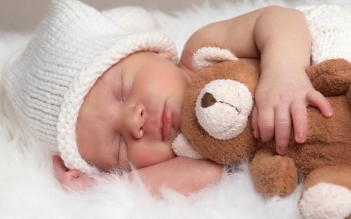 В Великобритании призрак спал в одной кровати с реальным ребенком (фото)