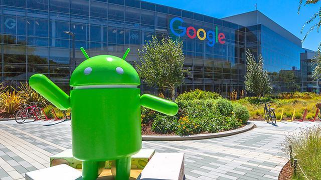Евросоюз оштрафовал Google на 2,7 млрд долларов за монополию