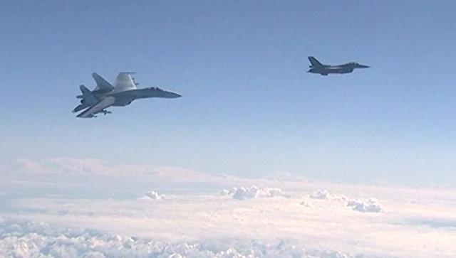 Генсек НАТО прокомментировал регулярные перехваты самолетов над Балтикой