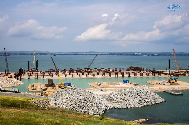 Украина желает полмиллиарда грн застроительство моста вКрым