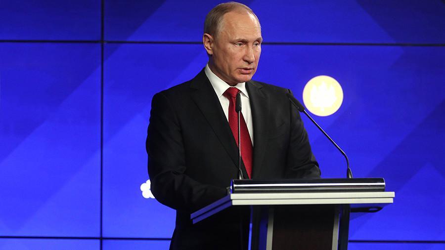 Владимир Путин внес корректировки взакон «Овоенном положении»
