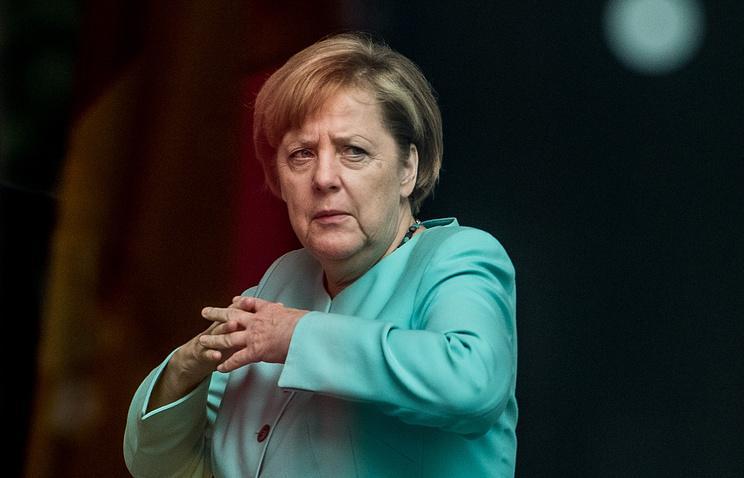 Порошенко иМеркель согласовали позиции перед встречей сПутиным