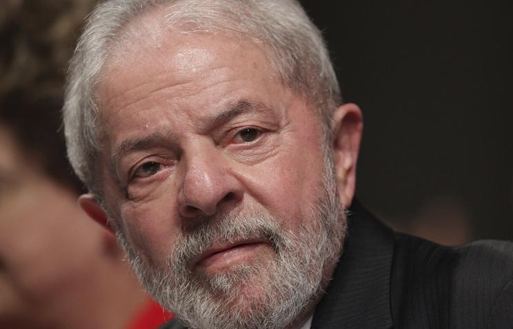 Экс-президента Бразилии приговорили к 9-ти годам тюрьмы