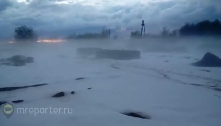 Западный Казахстан завалило снегом (видео)