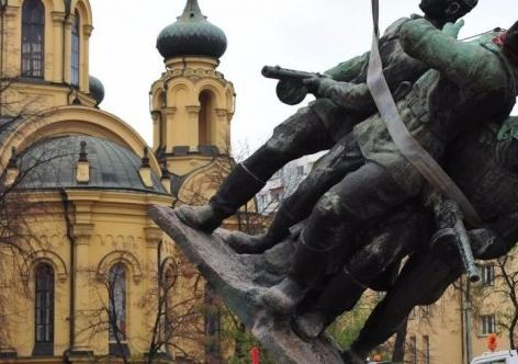 Матвиенко сказала обответных мерах нарешение Польши осносе советских монументов