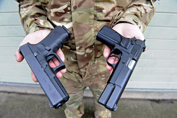Власти Британии разрешили поставки оружия в страны, нарушающие права человека