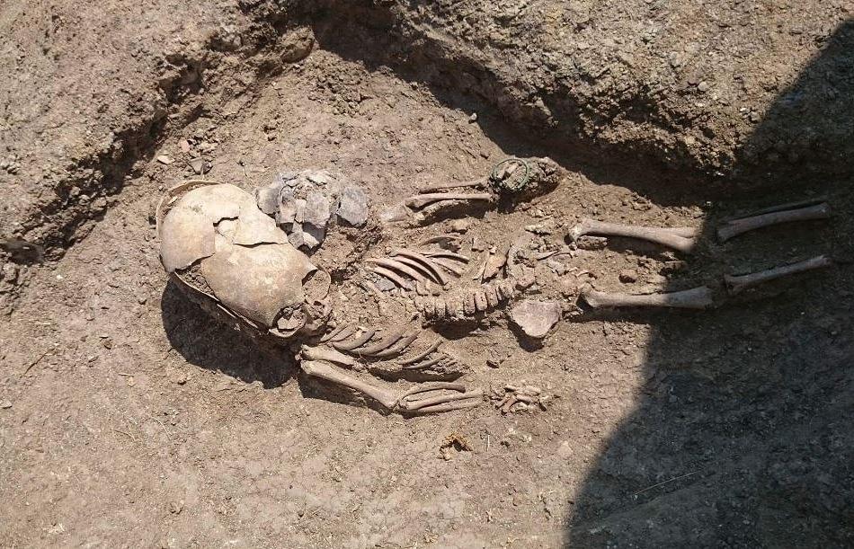 Могилу ребенка-«инопланетянина» IIвека н.э. отыскали вКрыму