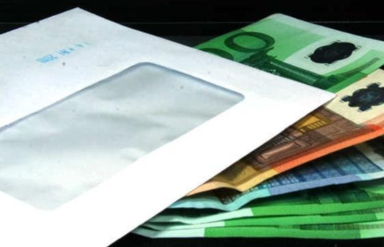 Каждый седьмой работник в Эстонии получает «серую» зарплату