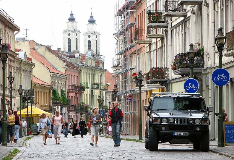 После перевода авиарейсов из Вильнюса в Каунас поток туристов в столице меньше, в Каунасе - больше
