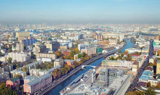 После обеда в московском ресторане госпитализировали 36 итальянских туристов