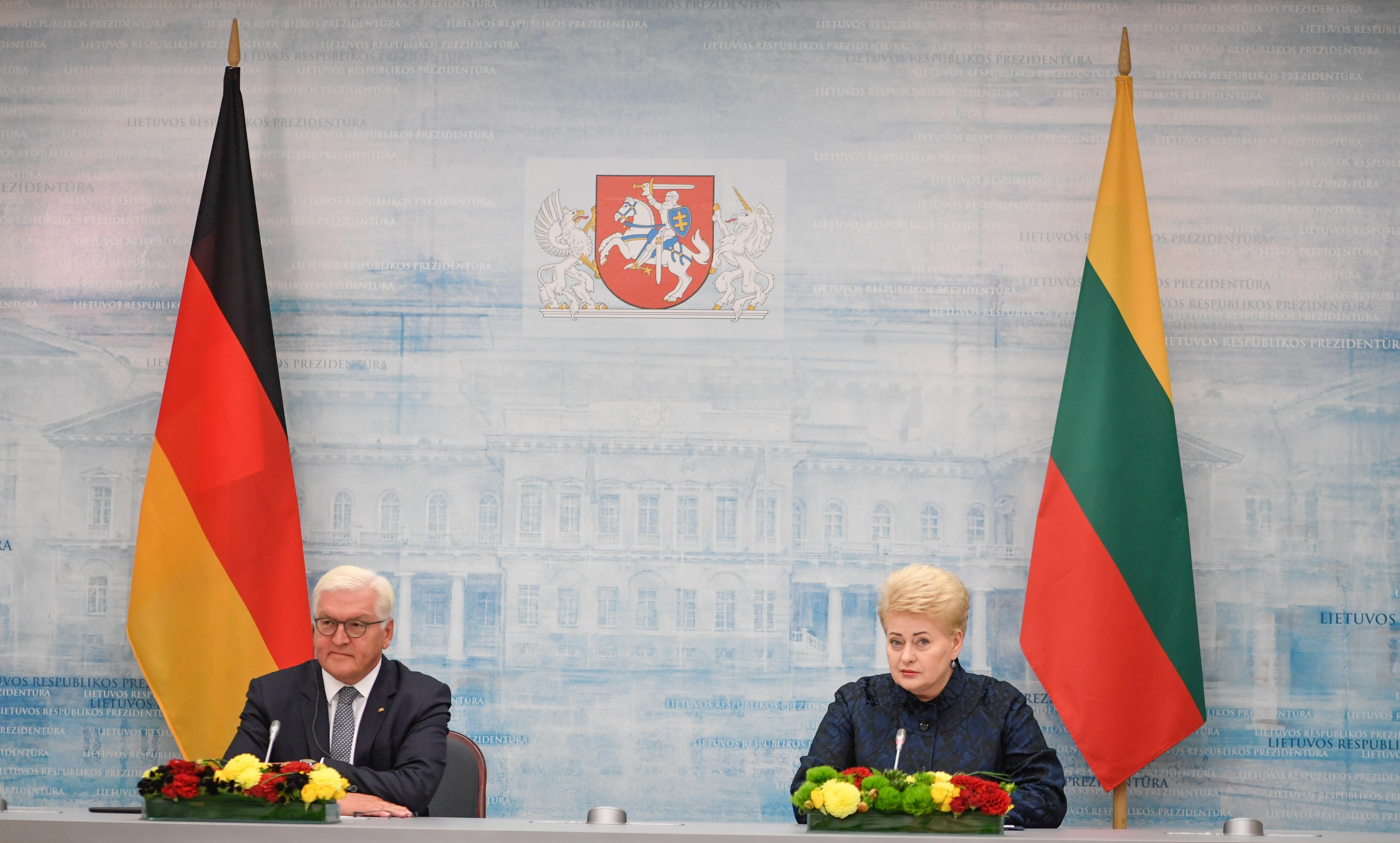 Грибаускайте: Литва будет следить завыводом русских войск из Беларуси