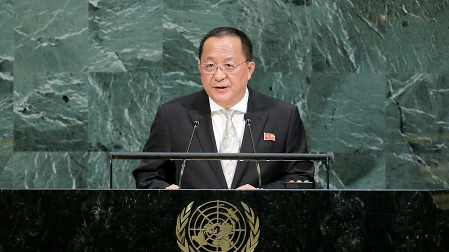 МИД КНДР: США объявили войну и Пхеньян имеет право сбивать их самолеты
