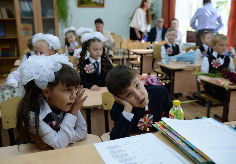 Студент возбудил учительницу