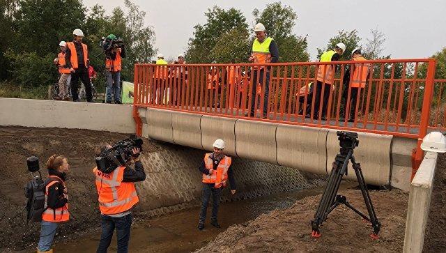 В Нидерландах открыли мост, напечатанный на 3D-принтере