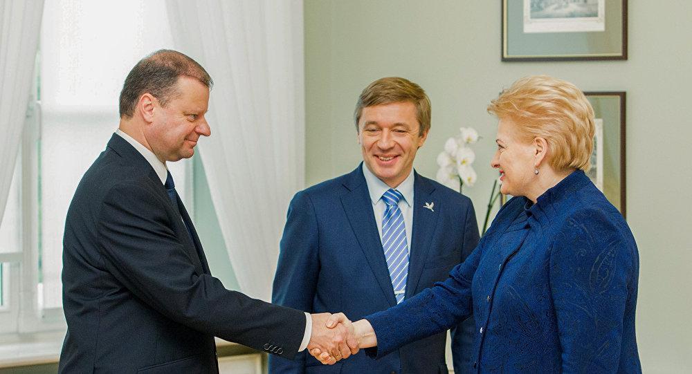 """Рейтинг """"аграриев"""" самый низкий после выборов, свидетельствует опрос Vilmorus/Lietuvos rytas"""