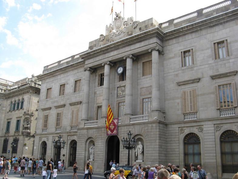 Власти Каталонии решили неподдаваться давлению Мадрида