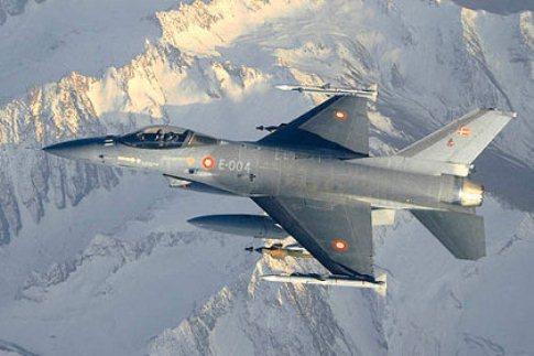 Командование НАТО сегодня продолжит рокировку боевой авиации на военных базах в странах Балтии