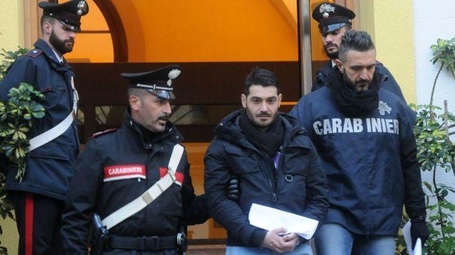 Милиция устроила облаву намафию: около 200 арестованных вИталии иГермании
