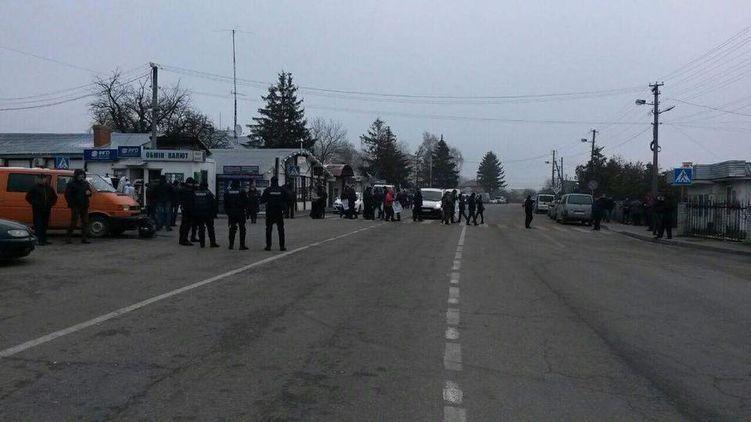 """""""Майдан"""" на границе. Почему взбунтовались жители Западной Украины"""
