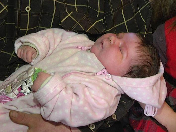 В Запорожье родился мальчик весом более семи килограммов