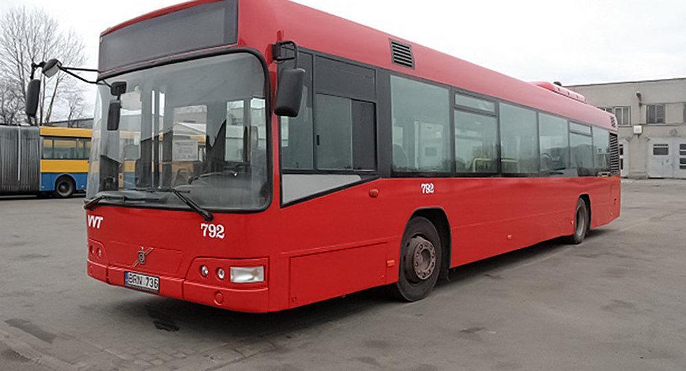 В Вильнюсе автобусы перекрасят в красный цвет