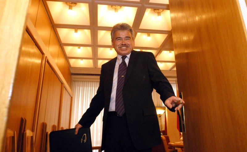 Ю. Борисов хочет сохранить в своей усадьбе подземный тир, который подлежит сносу (СМИ)