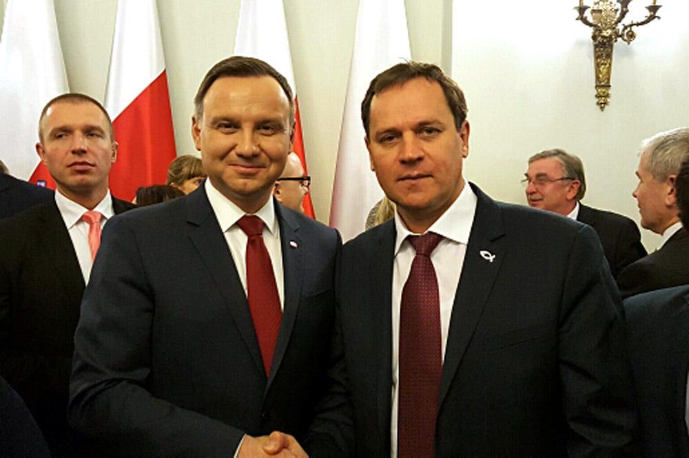 В. Томашевский встретился с президентом Польши А. Дудой