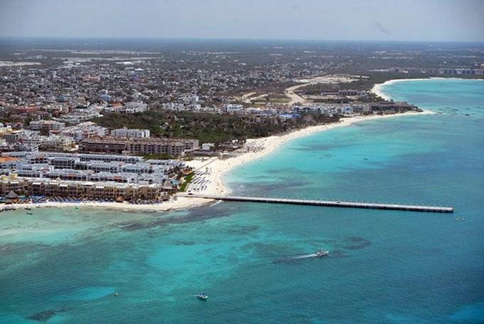 Почетный консул России сообщила о взрыве парома с туристами в Мексике
